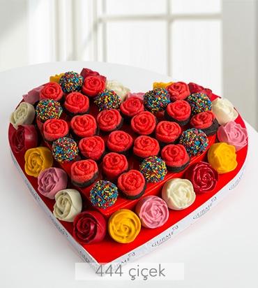 kalbimin-tatli-sahibi-kek-buketi-gr30108-1-1